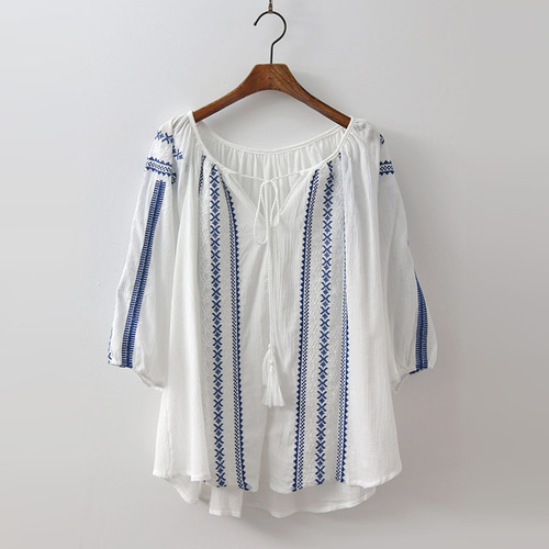 Cotton Broderie Tassel Blouse