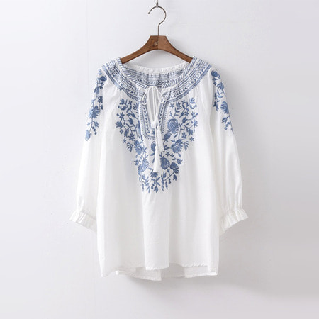 Flower Embroidered Tassel Blouse