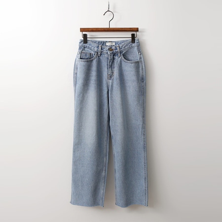 Light Wide Jeans