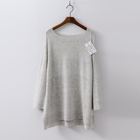 Hoega Wool N Cashmere Slit Sweater