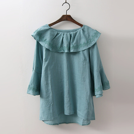 Linen Flare Collar Blouse